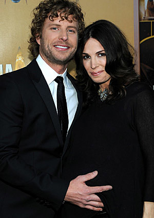 Dierks Bentley And Wife Cassidy Welcome A Christmas Baby