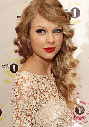 ... include Taylor Swift's hair, so say their current and former patients.