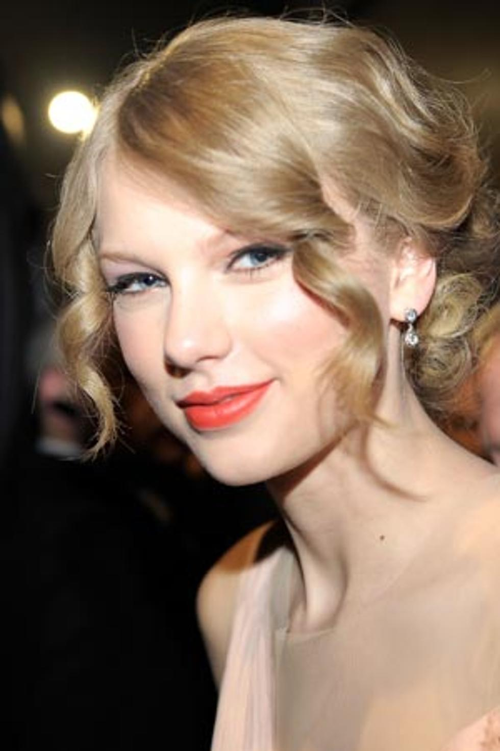 Taylor Swift Unveils New Spring Collection Of American Greetings Cards