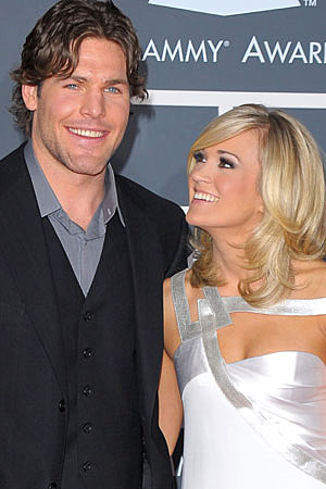 Carrie Underwood Watches Nervously as Hockey Husband Mike Fisher ...