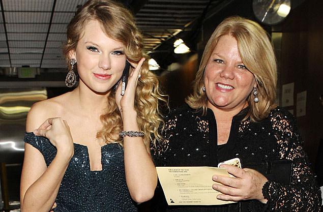 Taylor Swift, Andrea Swift