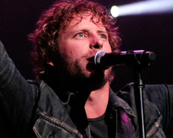 dierks bentley goes no 1 with am i the only one. Cars Review. Best American Auto & Cars Review