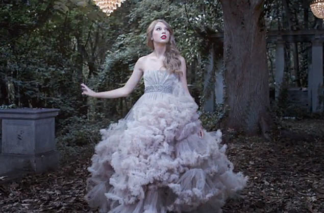 Designer Says Taylor Swift Wonderstruck Dress Is His New ...