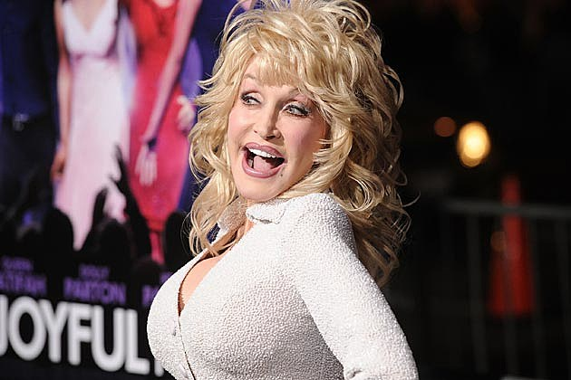 Gallery: Dolly Parton Steps Out on the Red Carpet for 'Joyful Noise' ...