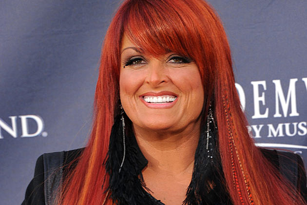 Wynonna Dishes On Barefoot And Fun Wedding Plans