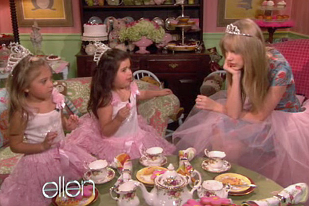 Sophia Grace Rosie Taylor Swift