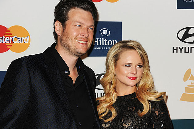 Blake Shelton couple