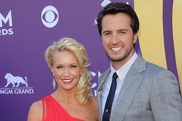 Luke Bryan Takes Issue With Posers Impersonating Him And