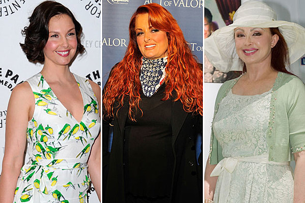 Wynonna Judd Explains Why Her Mom Sister Werent Invited To Wedding