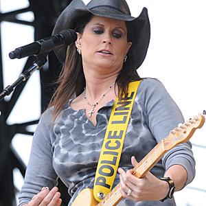 Country stars real names terri clark for Terri clark pics