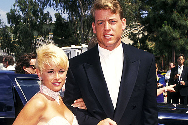 Remember When Nfl Quaterback Troy Aikman Dated A Country Music Star