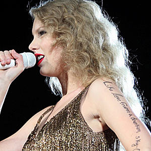 Taylor Swift Was The First 'Saturday Night Live' Host To Ever