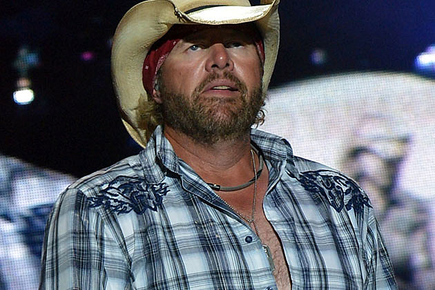 Toby Keith Says 'Hell No' to Attending the 2012 CMA Awards