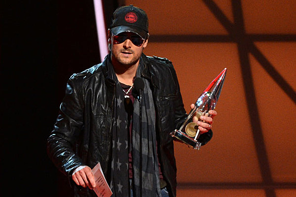 eric church finally finds his niche wins album of the year award at 2012 cmas. Black Bedroom Furniture Sets. Home Design Ideas