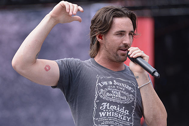 Jake Owen Returns to Top of the Charts With 'The One That Got Away ...