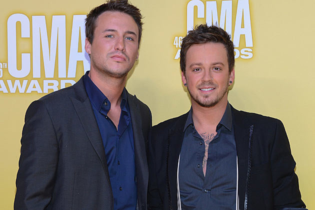 Love and theft runnin out of air lyrics