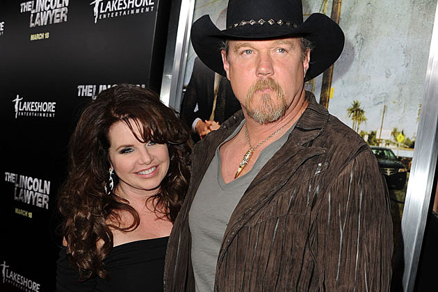Rhonda and Trace Adkins