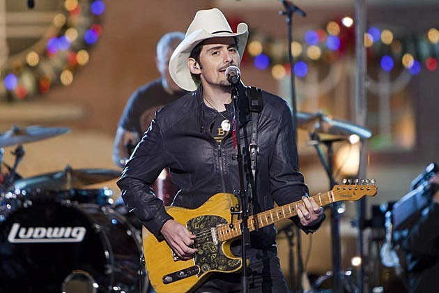 Brad Paisley Performs 'Behind the Clouds' at Disney Parks ...