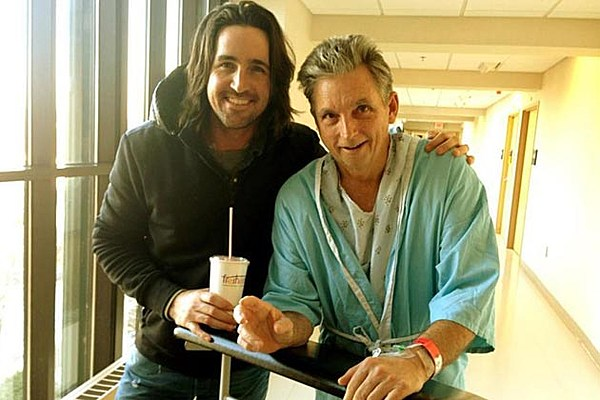 Jake Owen S Father Receiving Intense Cancer Treatments For