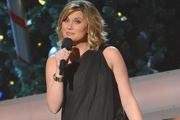 Sugarland S Jennifer Nettles And Family Make The Move To