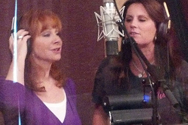 Terri clark releases classics collection with help from for How many kids does reba mcentire have