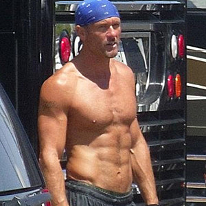 Tim McGraw Shirtless