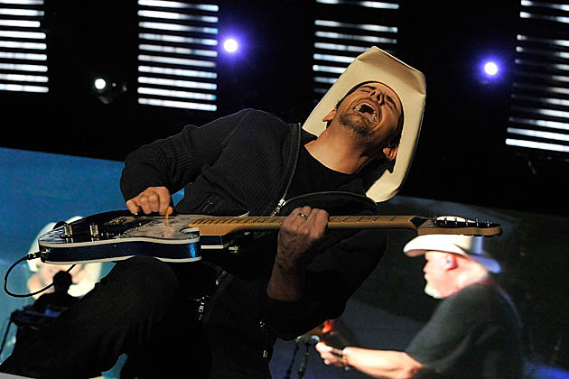 Brad Paisley Funny Guitar Faces