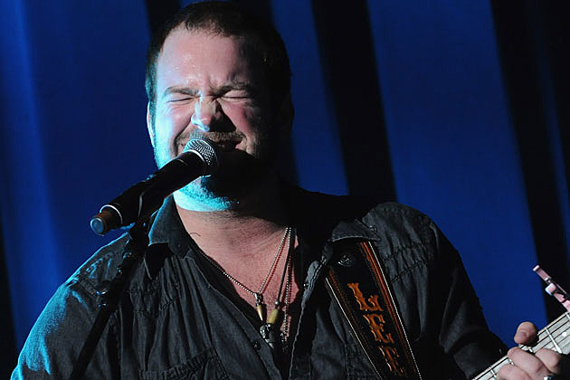 Lee Brice Funny Guitar Face