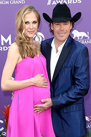 Clay Walker Wife Jessica Pregnant
