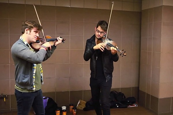 Subway Duo Deliver Viral Taylor Swift 'I Knew You Were Trouble' Violin Cover