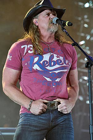 Trace Adkins All for the Hall