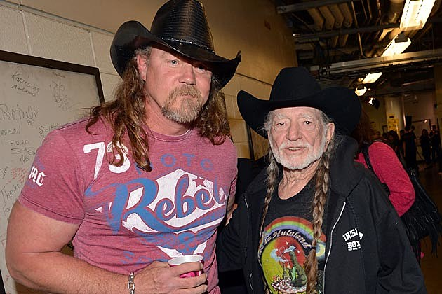 Trace Adkins Willie Nelson All for the Hall