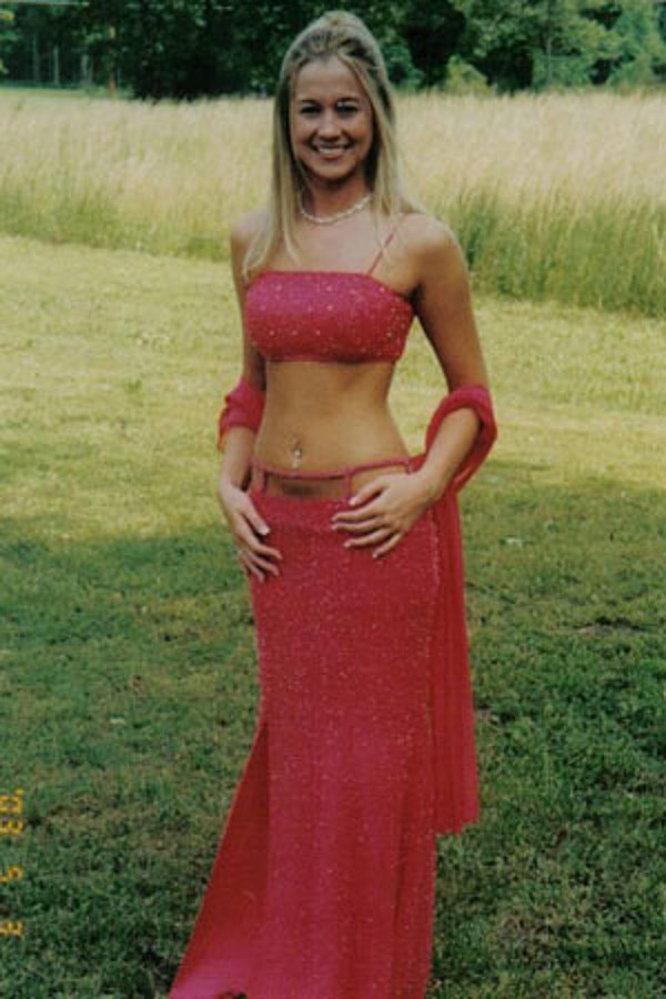 Kellie Pickler – Country Prom Pictures