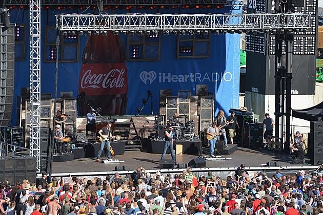 Trace Adkins Coca-Cola Summer