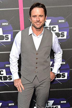 Charles Esten Best Dressed