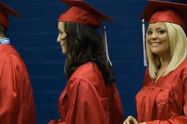 Lauren Alaina Graduates High School