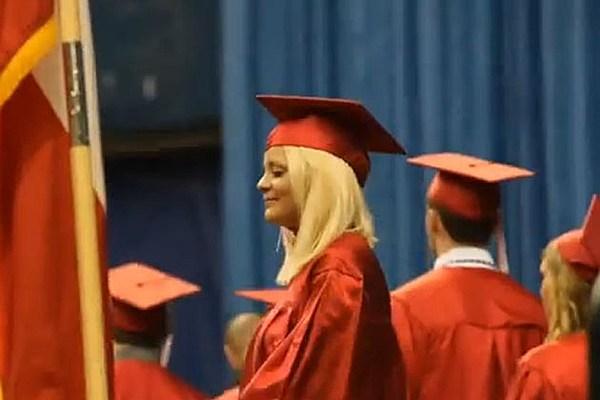 lauren alaina graduates high school