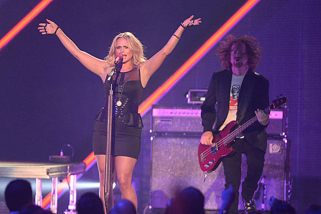 Miranda Lambert CMT Performance