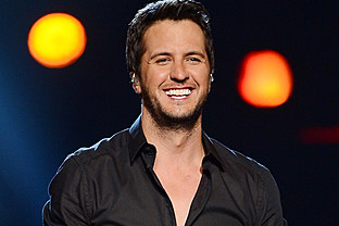 country music news-luke-bryan