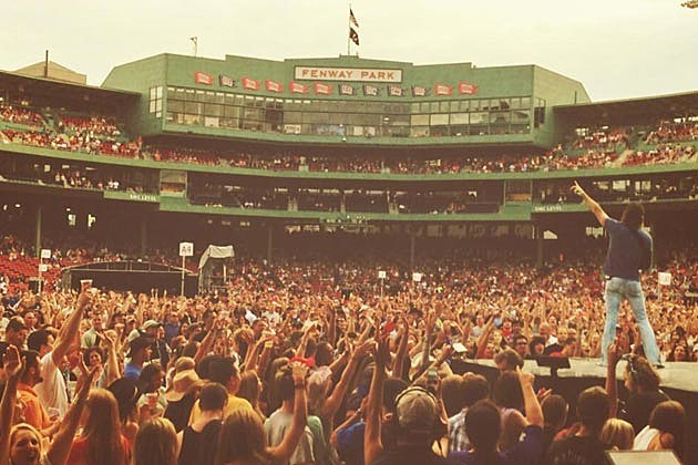Jake Owen Fans Boston