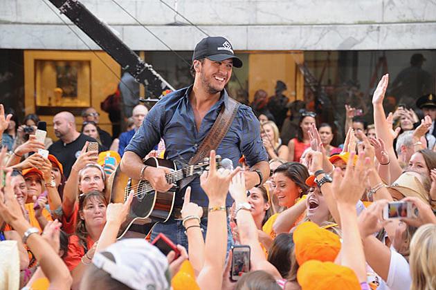 Taste of Country » Luke Bryan