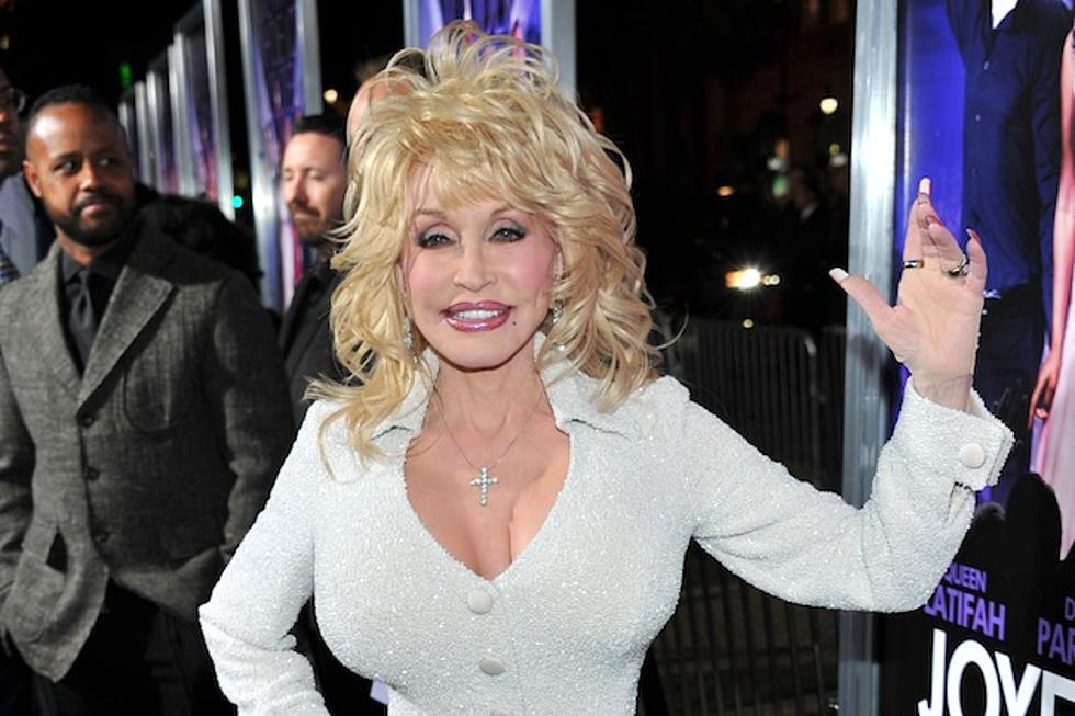 dolly parton to star in a country christmas story movie on lifetime - A Country Christmas Story