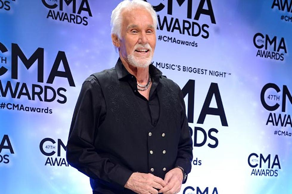 Kenny Rogers Armed to Bring the Spirit of Christmas in 2015
