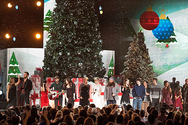 CMA Country Christmas' Coming Home to the Grand Ole Opry