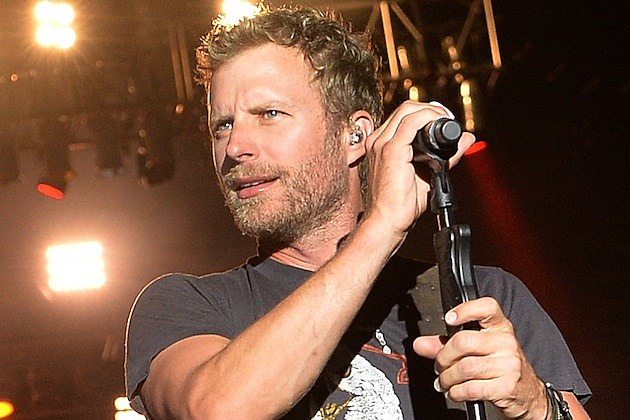Dierks Bentley Accidentally Shares Personal Email Address