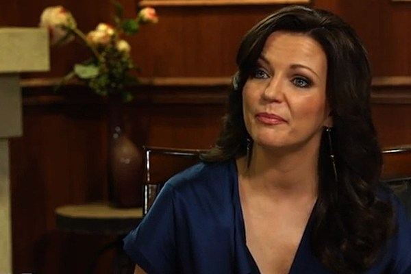Martina mcbride loves to duet for Best country duets male and female