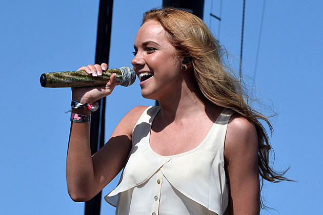 Danielle Bradbery S Young In America Tops Video Countdown