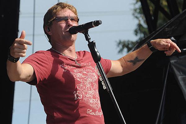 Craig Morgan Enjoys Familiar Ride With 'Wake Up Lovin' You'