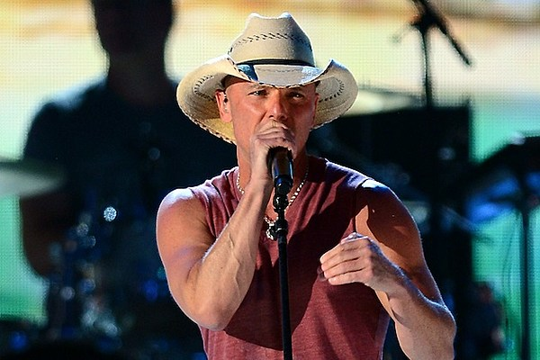 Kenny Chesney Set to Bring New Music to Flora-Bama