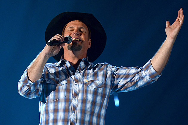 Win a Trip to See Garth Brooks in Chicago!